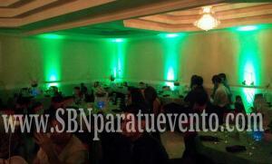 la mejor iluminacion decorativa para dar ese toque elegante a tu localidad. Uplighting SBN Entertainment
